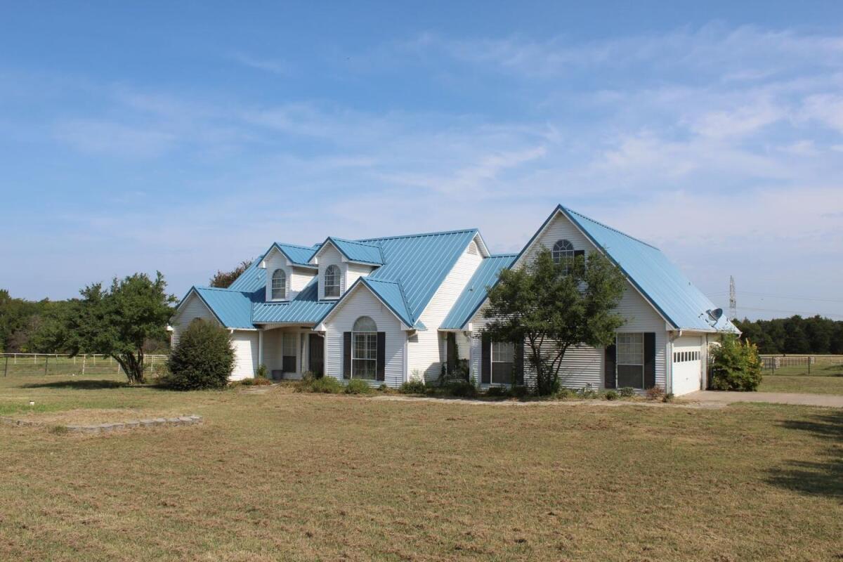TURN-KEY HORSE PROPERTY | Greenville, TX - Hunt County